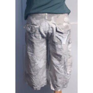 Da-Nang camo silk-blend cargo Bermuda shorts, M